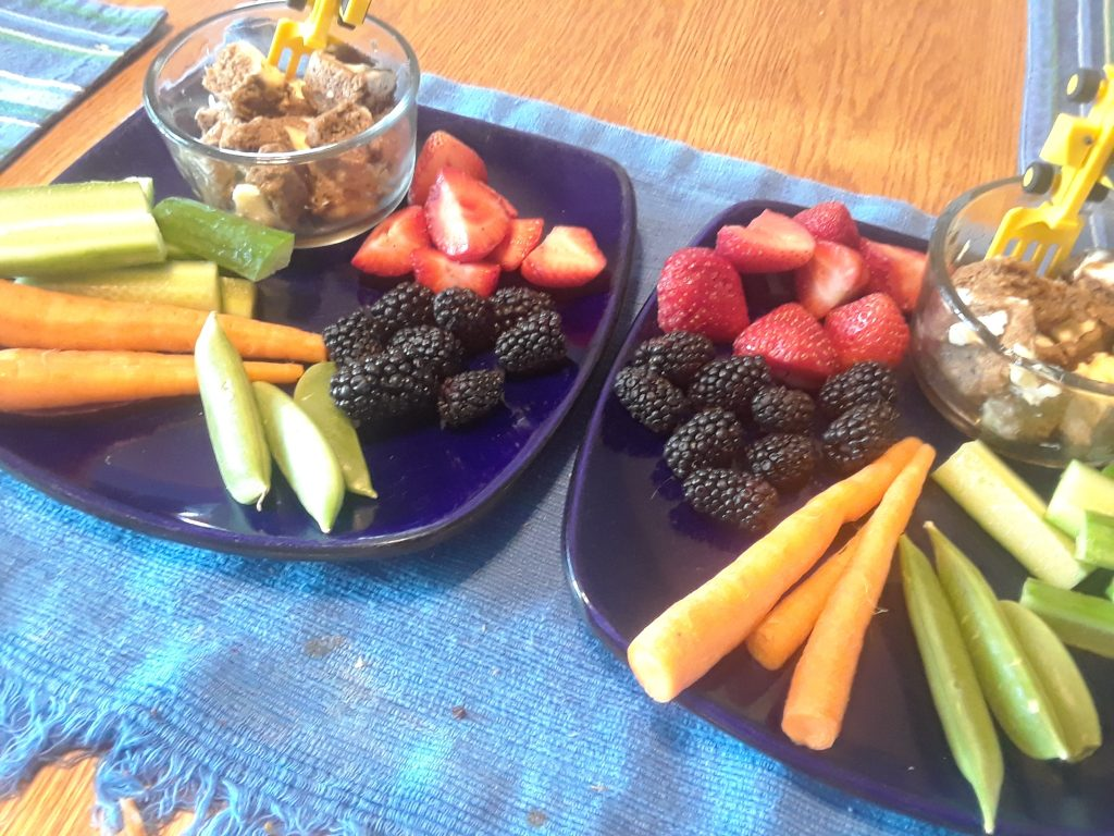 photo of healthy snacks for kids - eat your fruit